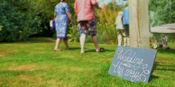 Burrow-Farm-Gardens-Marquee-Wedding-reception-Devon-2-600x300